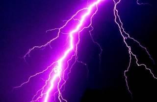 В Перу наблюдается аномальная «атака» молний: погибло немало людей