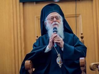 Предстоятель Албанской Церкви рассказал, как воспринимает религиозную ситуацию в Украине