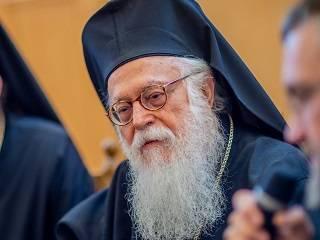 Предстоятель Албанской Церкви назвал Митрополита Онуфрия человеком молитвы