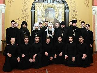 Патриарх Кирилл встретился с киевскими семинаристами и дал духовные советы