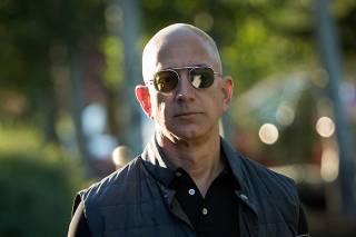 Основатель Amazon заработал более тринадцати миллиардов долларов за считанные минуты