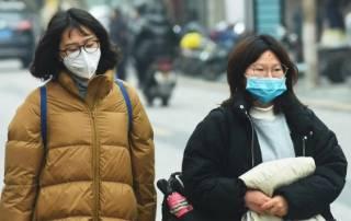 Число жертв китайского коронавируса растет угрожающими темпами