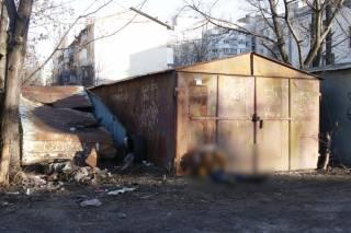 На окраине Киева нашли труп молодой бомжихи