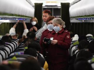 Россия эвакуировала украинца из охваченного эпидемией коронавируса Уханя