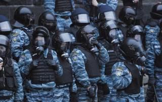 """В Киев вернулись двое экс-милиционеров: они хотят восстановить честное имя спецподразделения """"Беркут"""""""