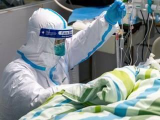 В Китае стремительно растет число погибших от коронавируса