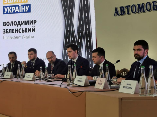 Советник премьера Юрий Голик: Президент Украины впервые в истории посетил Укравтодор и расставил приоритеты