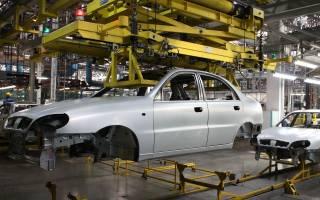 В Украине продолжает падать производство автомобилей