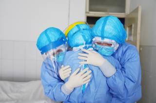 Украине, как и всему миру, надо быть очень осторожными с Китаем — житель Гонконга об угрозе коронавируса