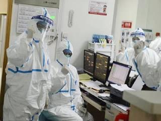 Стало известно, сколько медиков заразились китайским коронавирусом