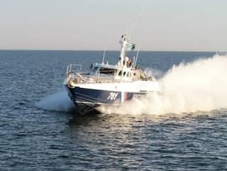 ЧП на Азове: у берегов Крыма россияне захватили судно с украинцами
