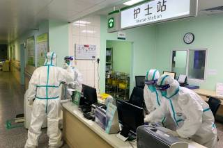 Подхватившего коронавирус украинца не спешат выписывать из больницы