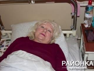 В поезде Киев ‒ Бердянск на женщину рухнула верхняя полка с пассажиром. В «УЗ» своей вины не усматривают