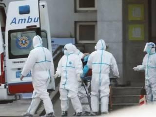 Всего за сутки китайский коронавирус убил под сотню человек