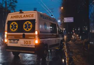 В результате публичных разборок в центре Днепра были ранены трое людей