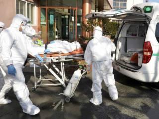 Смертность от коронавируса в Китае продолжает «падать»