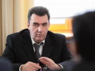 Секретарь СНБО: Лучшее лекарство от коронавируса — лук, сало и чеснок
