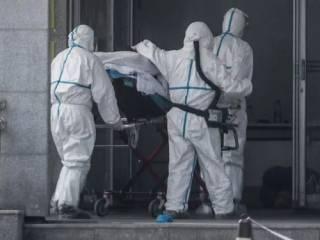 В Китае снизилась смертность от коронавируса, но резко возросло число новых случаев заражения