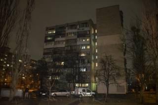 В одной из квартир на окраине Киева нашли разлагающийся труп пенсионера