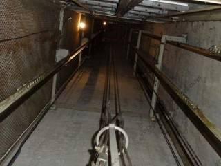 В Киеве с девятого этажа рухнул лифт с женщиной внутри