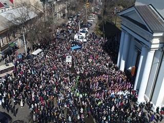Сотни тысяч верующих УПЦ по всей Украине 8 марта пройдут крестными ходами