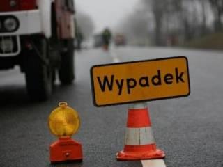В Польше Mercedes на скорости протаранил автобус ‒ погиб украинец