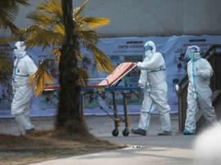 За сутки коронавирус «выкосил» более ста человек по всему миру