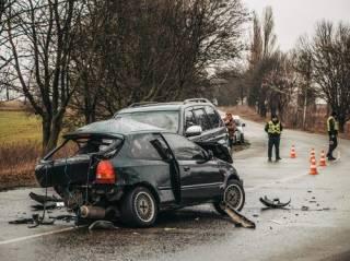 Под Киевом в сокрушительное ДТП попали два «японца» ‒ погиб молодой парень