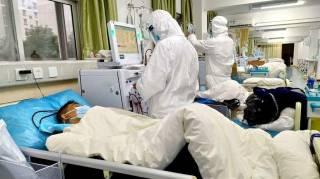 Смертность от коронавируса в Китае продолжает идти на спад