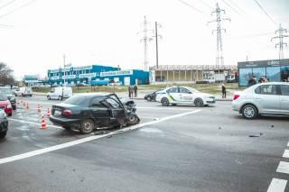 Пьяный водитель устроил эпичное ДТП в Киеве