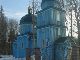 На Ровенщине сторонники ПЦУ срезали замки на храме УПЦ и захватили его