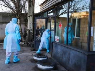 В Украине от коронавируса «сгорела» молодая женщина. Резко возросло и число заражений