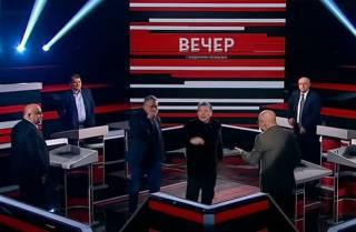 Российский пропагандист устроил нецензурную истерику в прямом эфире из-за коронавируса
