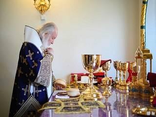 Патриарх Кирилл призвал верующих помогать друг другу во время испытаний