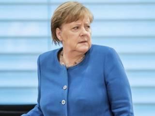Стал известен результат тестирования Меркель на коронавирус