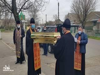 Вокруг Белгород-Днестровского района священники УПЦ совершили 300-километровый крестный ход со святынями