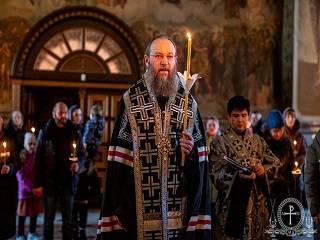 Митрополит Антоний рассказал, что к посту нужно относиться с рассуждением