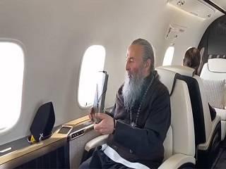 Митрополит Онуфрий благословил Украину иконой Богородицы с высоты птичьего полета