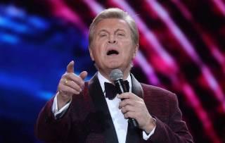 У Льва Лещенко подтвердился коронавирус. Его состояние — крайне тяжелое