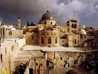 В Иерусалимском Патриархате заявили, что богослужения в Храме Гроба Господня продолжатся