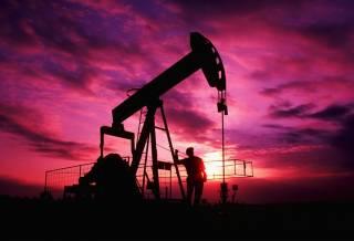 Нефть продолжает стремительно дешеветь из-за коронавируса