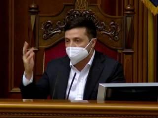 Зеленский таки «продавил» антиколомойский закон. Не обошлось без помощи Вакарчука и Порошенко