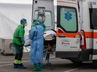 «Грипп и погода»: озвучена новая причина аномальной смертности от коронавируса в Италии