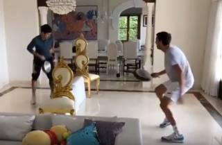 Лучший теннисист мира дал на борьбу с коронавирусом миллион евро и позабавил фанатов необычным видео