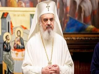 Румынский Патриарх пожертвовал зарплату на средства защиты для добровольцев, которые помогают больным коронавирусом