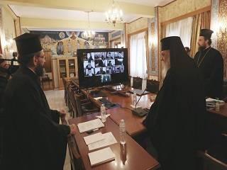 Элладская Церковь просит у властей Греции разрешить богослужения Страстной седмицы и Пасхи при закрытых дверях