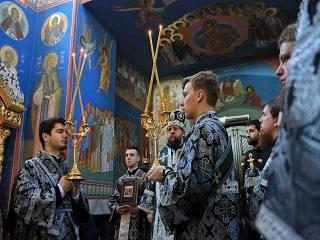 В Киевских духовных школах молились о детях, больных аутизмом