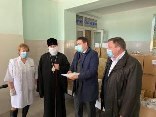 В Херсоне УПЦ передала медикам более 4 тыс тестов на коронавирус