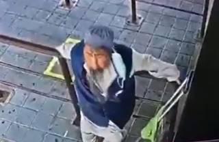 В Таиланде больной коронавирусом мужчина специально заражал людей на вокзале (18+)