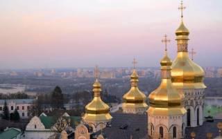 Приоритеты УПЦ в эпоху пандемии коронавируса: помочь врачам, обезопасить верующих, накормить неимущих